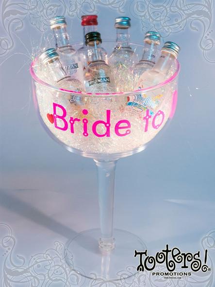 42oz Super Margarita Glass Bride To Be Imprint
