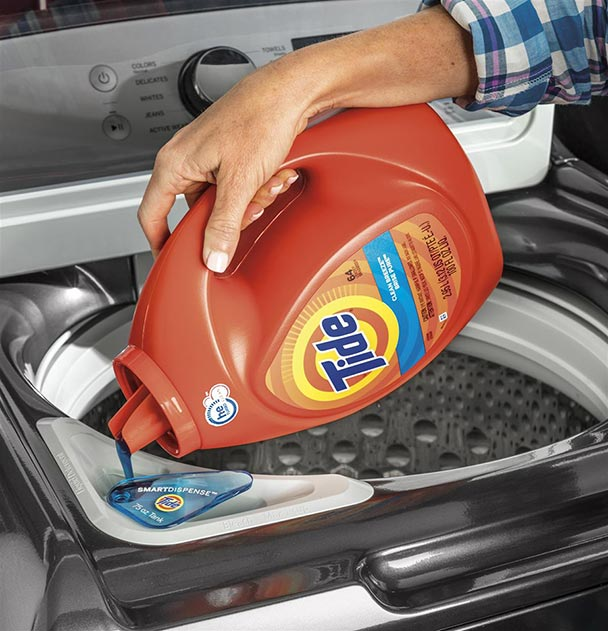 SmartDispense reservoirs measure out the right amount of detergent.