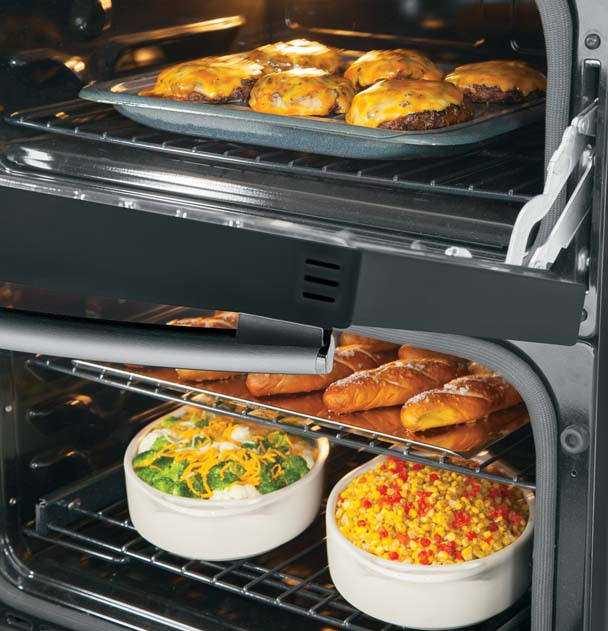 Conquer Large Meals With a Double Oven Range