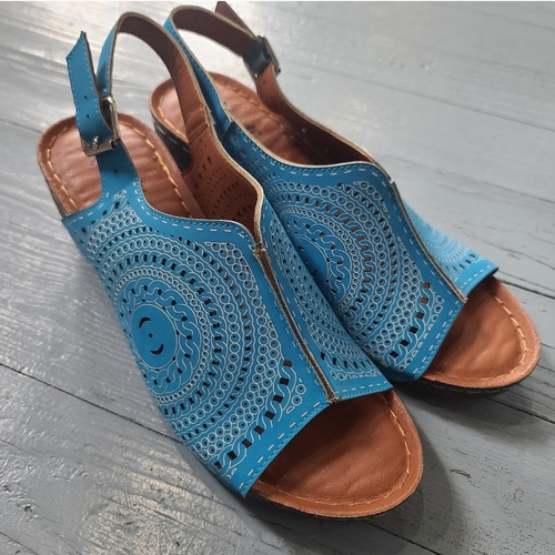 Avanti Soozy Blue Wedge Sandals