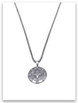 One Guide Compass Necklace w/Medium Box Chain