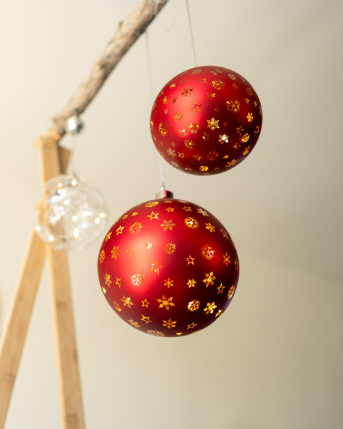 Glass LED Etched Colour Twinkle Spheres. 3 colours. 2 sizes.*