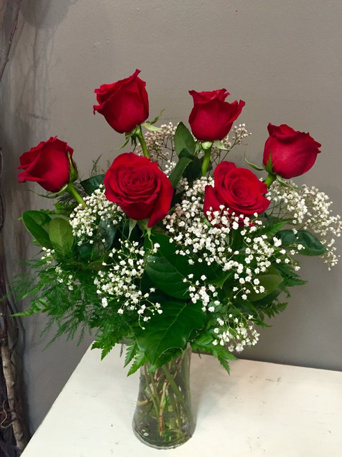 Half Dozen Long Stem Red Roses with Babies Breath