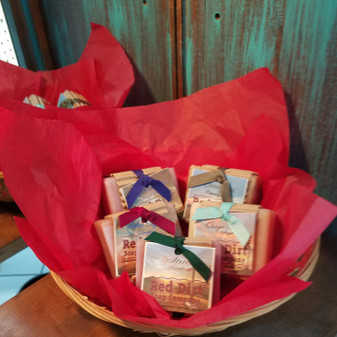 handmade gift baskets, natural soap, natural skin care, red dirt soap, made in the USA, Made in Oklahoma