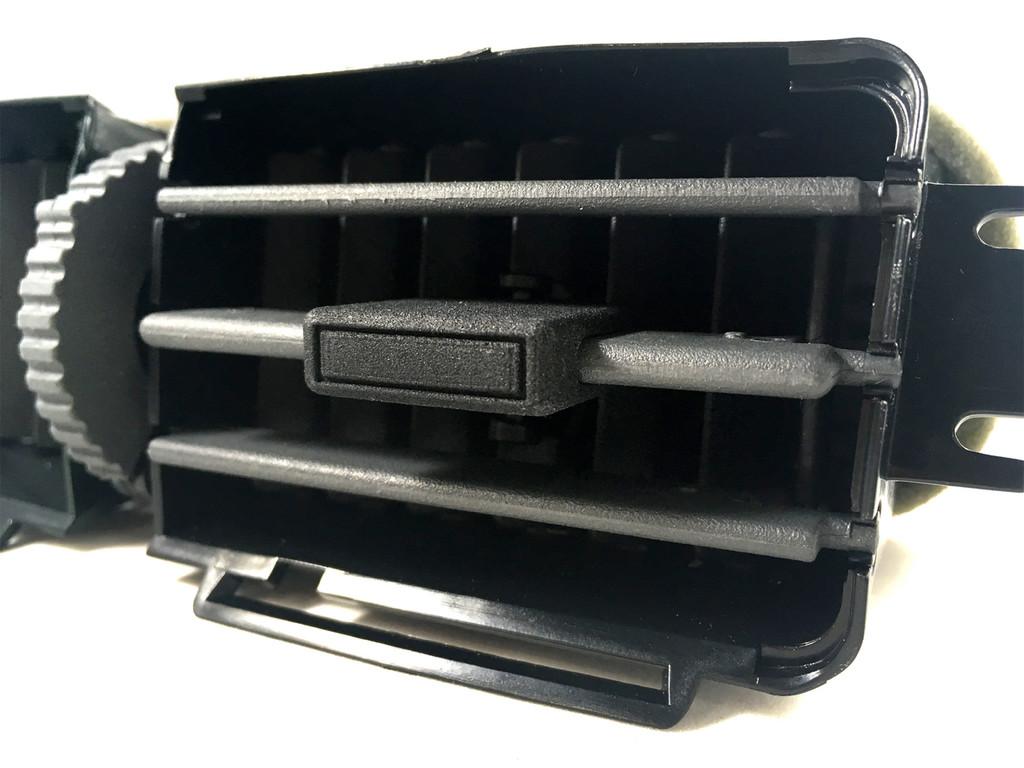Honda Ridgeline rear vent