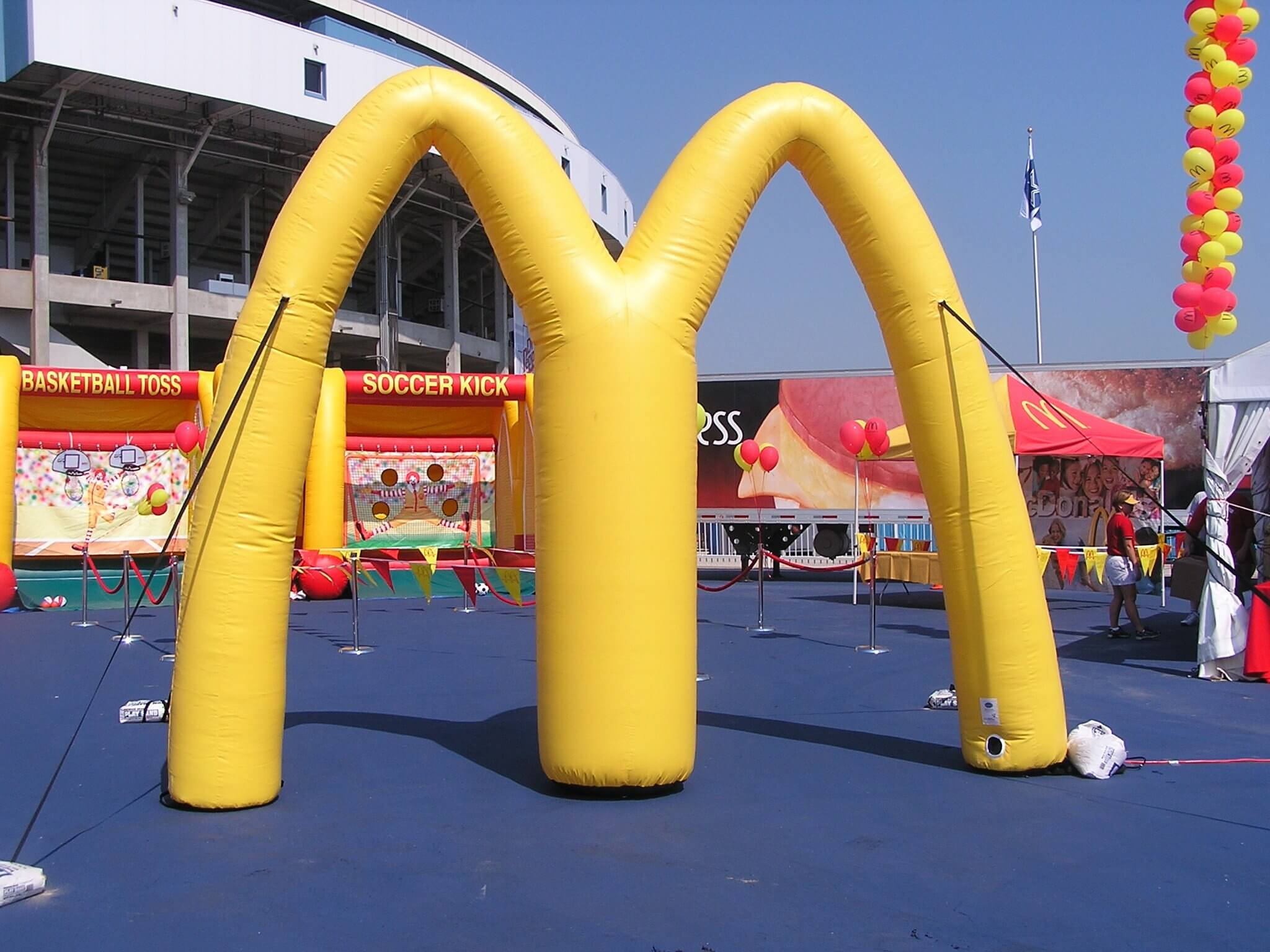 19-mcdonald-s-cold-air-inflatable-arch-12-ft.jpg
