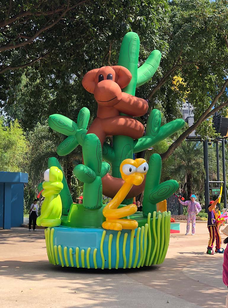 25-chimelong-group-cold-air-parade-inflatable-monkey.jpg