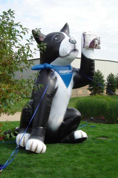 58-frontline-buster-dog-giant-inflatable.jpg