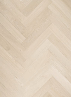 280 mm x 70 mm Herringbone Oak Rustic Grade Unfinished