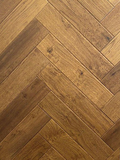 600mm x 120mm Herringbone Oak Rembrant Brushed & Matt Lacquer