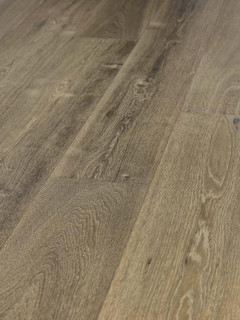 14/3mm x 190mm x 1900mm Engineered Oak Brushed Smoked UV Natural Oiled 2.89m2 per pack