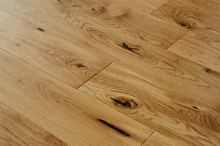 14/2.5mm x 130mm x 1100mm Engineered ABCD Grade Lacquered Oak. 5G Click System £36.00m2 .Free Shipping.