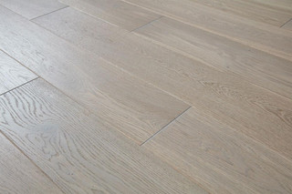 14/2.5mm x 180mm x 1100mm Engineered ABCD Grade Grey Lacquered Oak. 5G Click System £38.00m2 .Free Shipping.