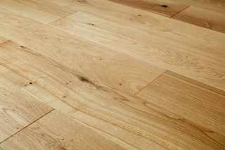 14/2.5mm x 180mm x 1100mm Engineered ABCD Grade UV Oiled Oak. 5G Click System £38.00m2 .Free Shipping.