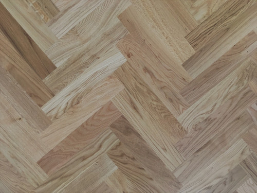 350 x 70 mm Herringbone Rustic Oak Lacquered