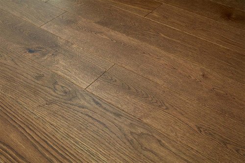 14/2.5mm x 130mm x 1100mm Engineered ABCD Grade Brown Lacquered Oak. 5G Click System £35.00m2 .Free Shipping.