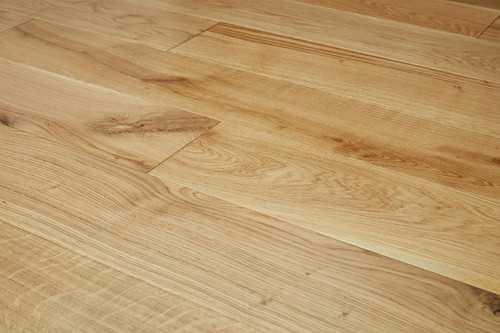 20/6mm x 190mm x 1900mm Engineered ABCD Grade Brushed & Oiled Oak. Tongue & Groove £48.00m2 Free Shipping.