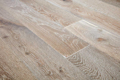 20/6mm x 190mm x 1900mm Engineered ABCD Grade White Fumed Brushed & Oiled Oak. Tongue & Groove £49.00m2 Free Shipping.