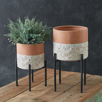 (Set Of 2) Floral Embossed Plant Stands
