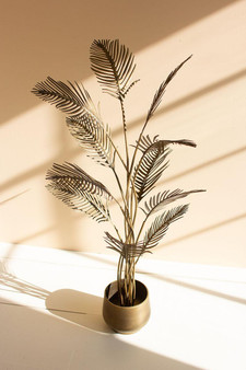 Antique Brass Finish Palm Planter With Planter (CLL2564)