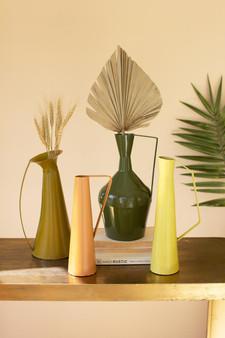 Set Of 4 Painted Metal Vases With Handles (NDE1440)