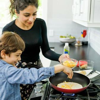 17 Pieces Hard Anodized Nonstick Cookware Pots And Pans Set (KC52670)