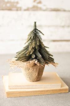 (4 Pack) Decorative Artificial Mini Christmas Tree