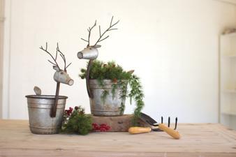 (2 Set) Metal Deer Planters
