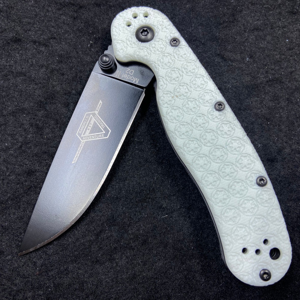 Ontario Rat 2 Storm Trooper Build (Exclusive White G10 Scales)