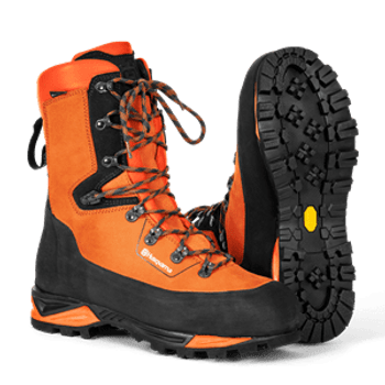 Husqvarna Protective Boot - (Leather) with saw protection T24 Size - EU 42, AU/NZ 8 597659242