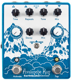 EarthQuaker Avalanche Run V2 Stereo Reverb & Delay with Tap Tempo
