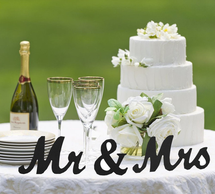 Mr and Mrs Sign Wedding Decorations - Black