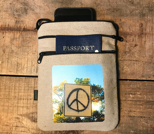Peace Sign Taos Hemp 3 Zip Bag/Purse