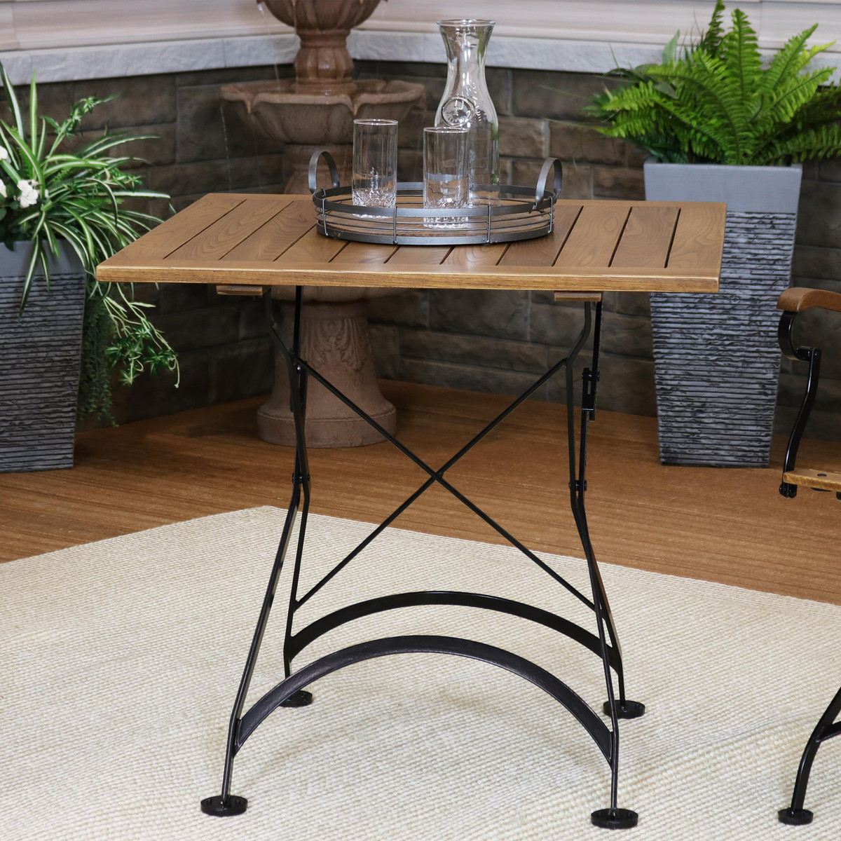 Picture of: Sunnydaze European Chestnut Wood Folding Square Bistro Table 32 Square