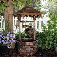 Old-Fashioned Wood Wishing Well Fountain