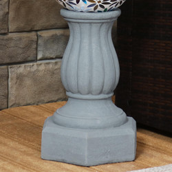 Sunnydaze Contemporary Pillar Indoor/Outdoor Gazing Globe Stand (Travertine)