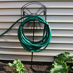 Metal Garden Hose Stand Holder with Windmill Design