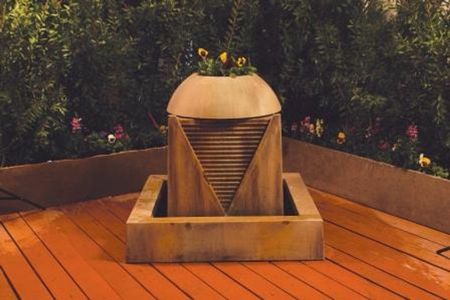 Saucer Outdoor Fountain