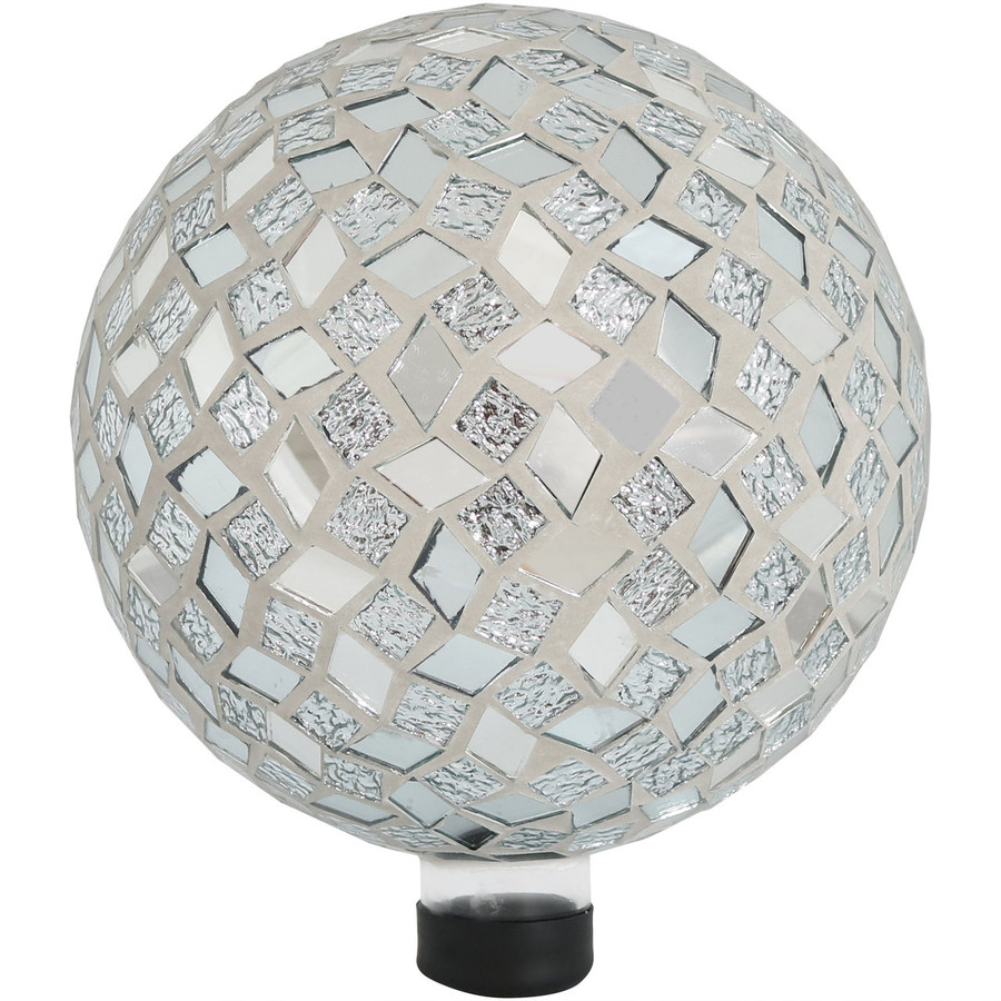 View of the Mirrored Diamond Mosaic Gazing Globe Ball