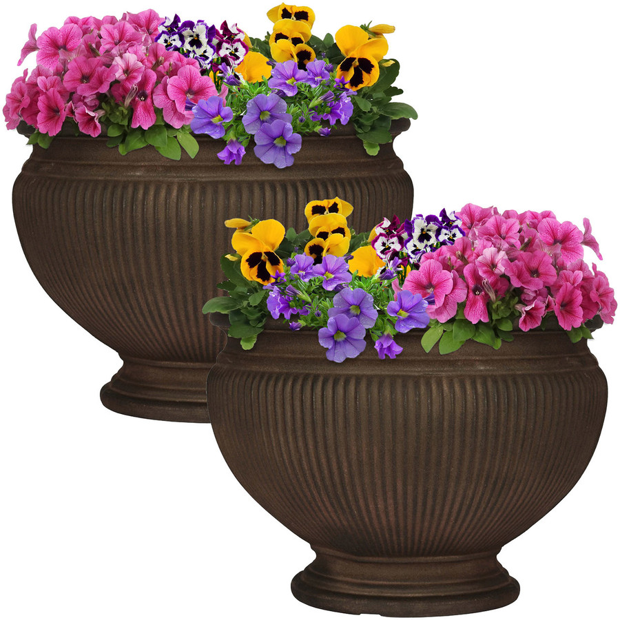 Elizabeth 16-Inch Diameter Rust Finish Planter, Set of 2