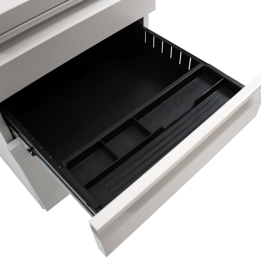 Closeup of Middle Drawer Open