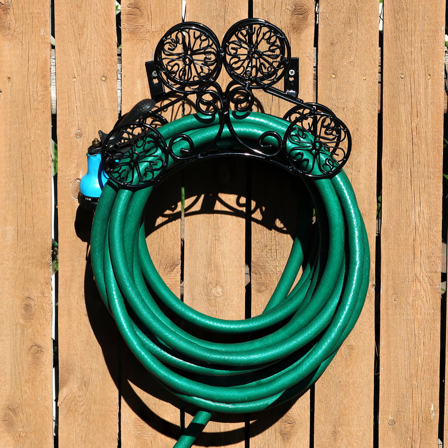 Metal Garden Hose Stand Holder with Clover Design, Mounted on Fence (Hose Not Included)