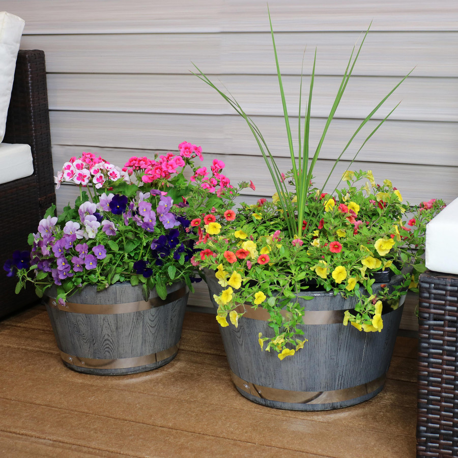 """One 17"""" and One 20"""" Planter Set"""