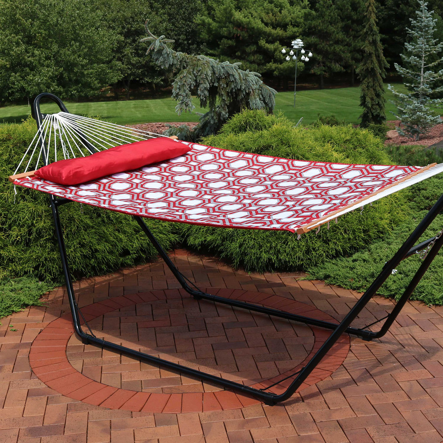 2-Person Quilted Fabric Hammock with Spreader Bars, Red and Gray Octagon