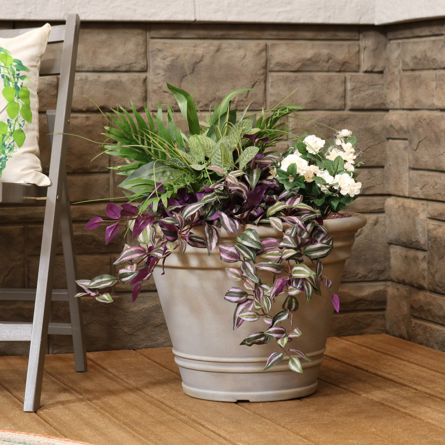 Franklin Indoor and Outdoor Resin Planter with Pebble Gray Finish, Single