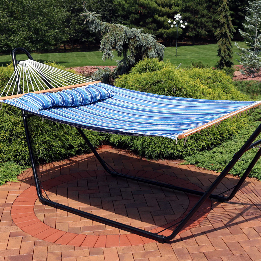 Sunnydaze 2-Person Quilted Printed Fabric Spreader Bar Hammock and Pillow - Breakwater Stripe