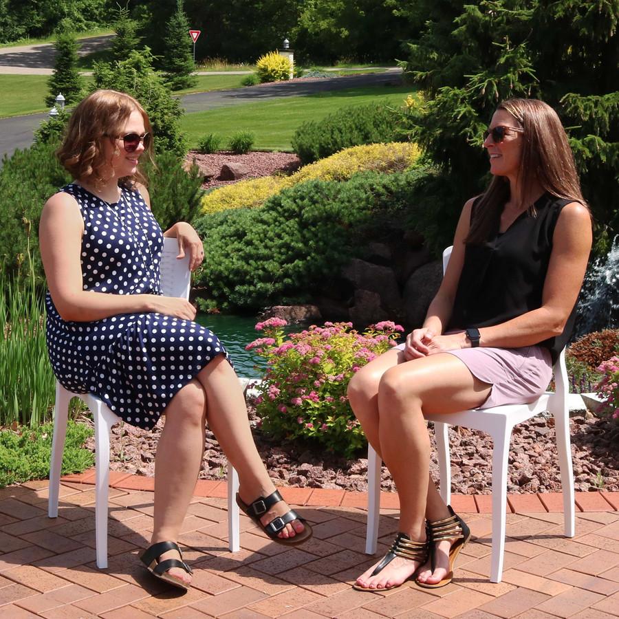 Sunnydaze Hewitt Plastic Patio Outdoor Dining Chairs