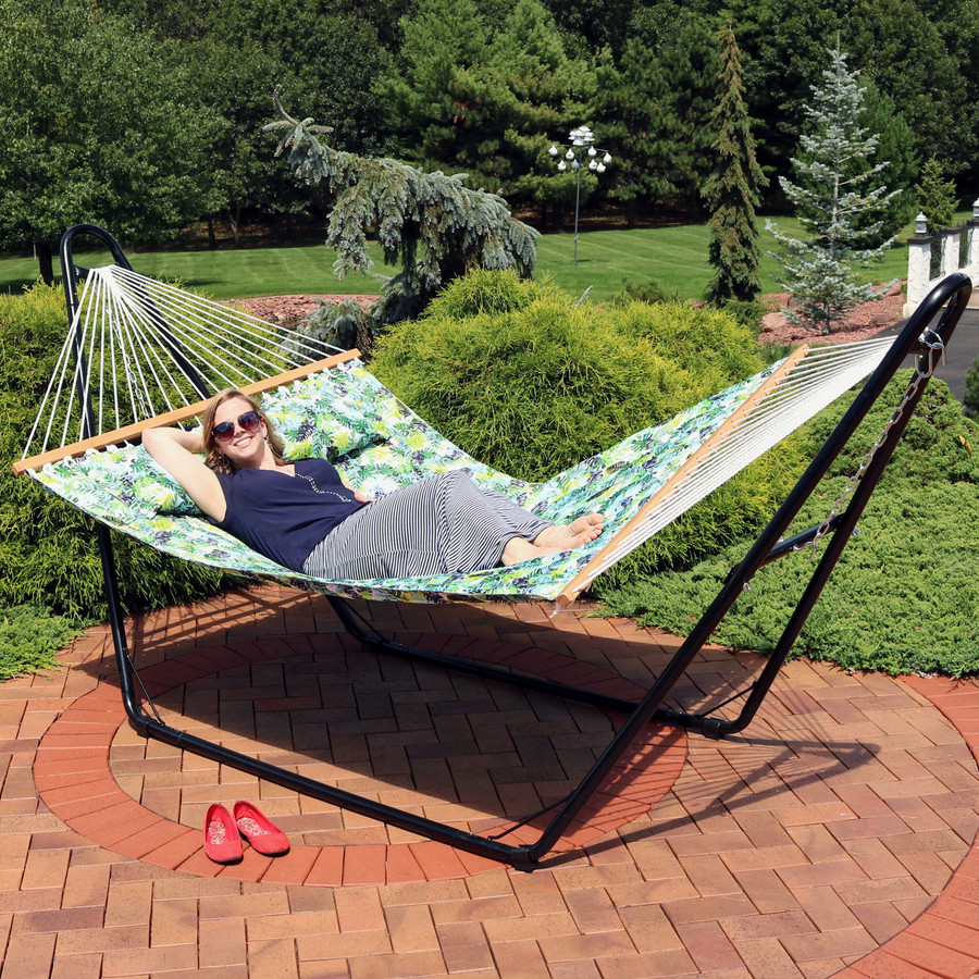 Sunnydaze 2-Person Quilted Printed Fabric Spreader Bar Hammock and Pillow - Tropical Greenery