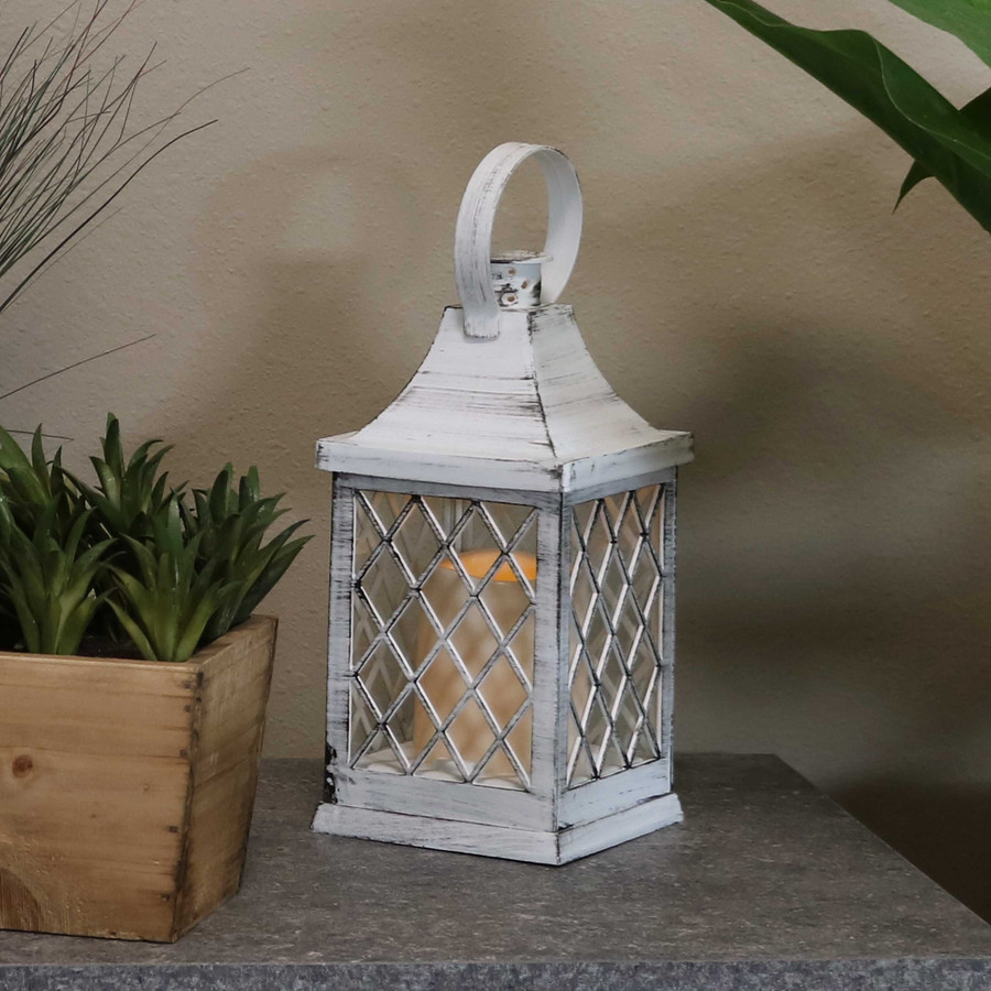 Ligonier Indoor Decorative LED Candle Lantern, Single