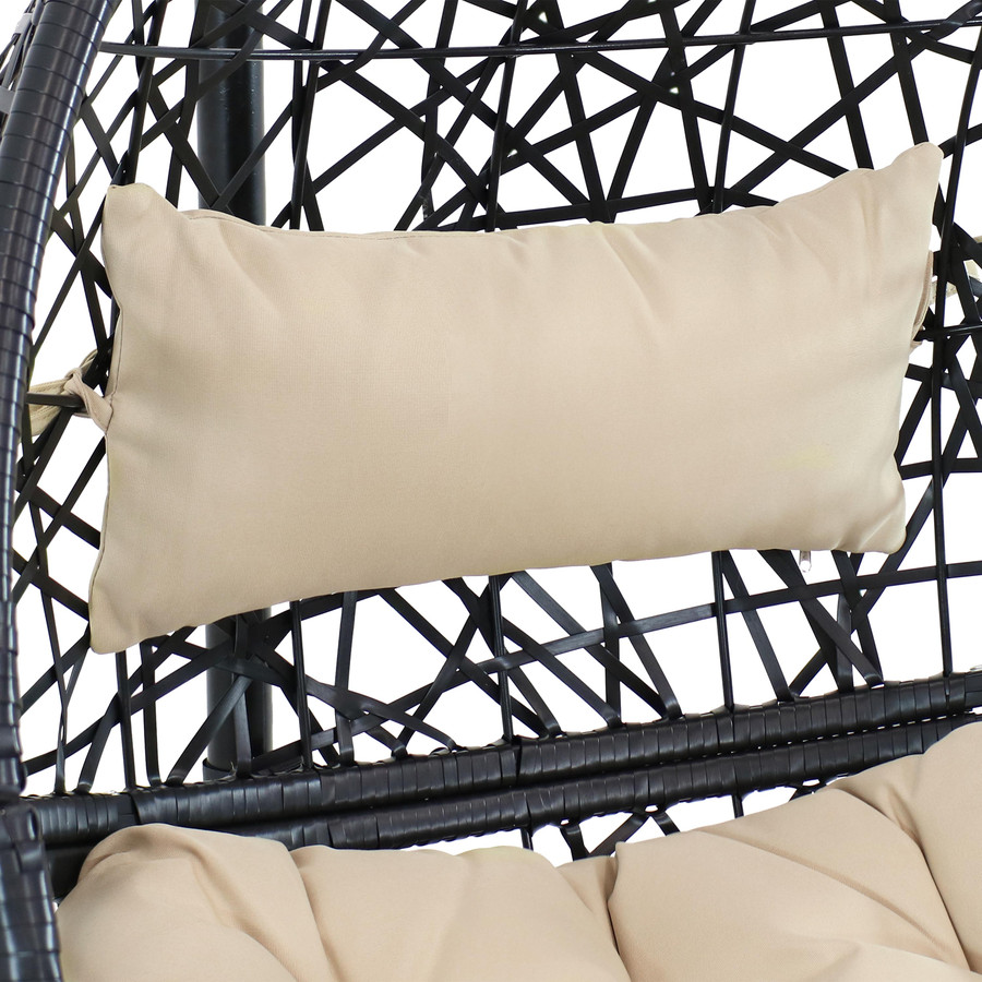 Closeup of Cream Headrest Cushion
